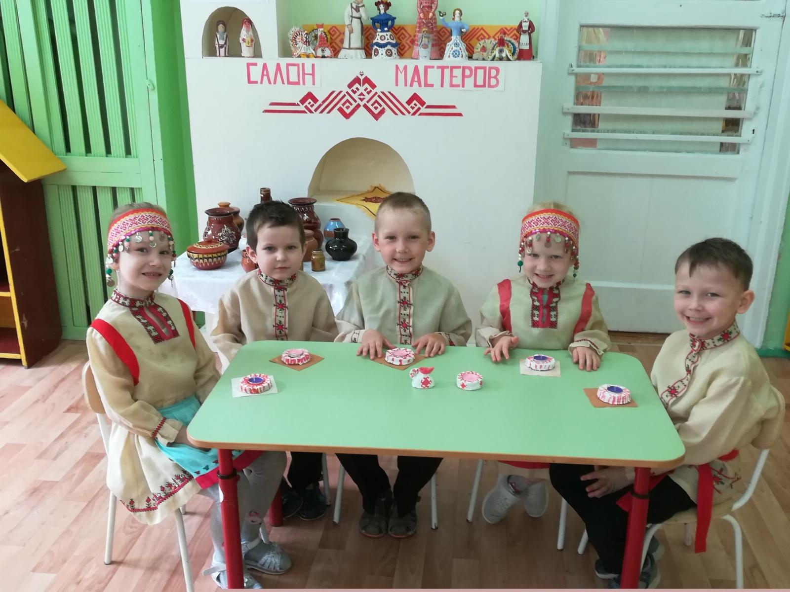 Салон мастеров «Славен мастерами родной Чувашский край»